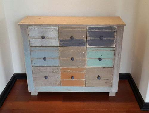 Jade 9-drawer chest